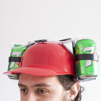 Capacete C/ Suporte para Bebidas