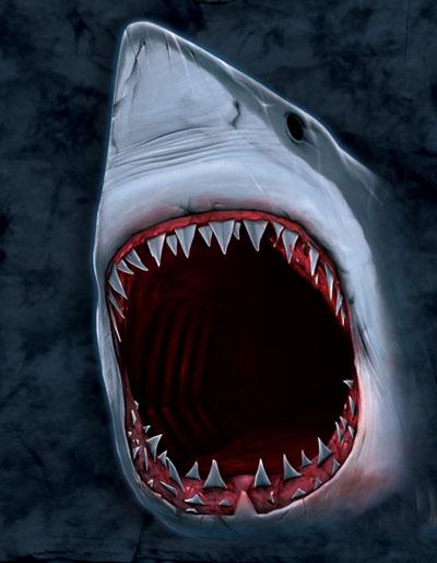 T-Shirt Face Ataque de Tubarão