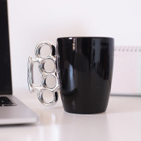 Taza Knuckle