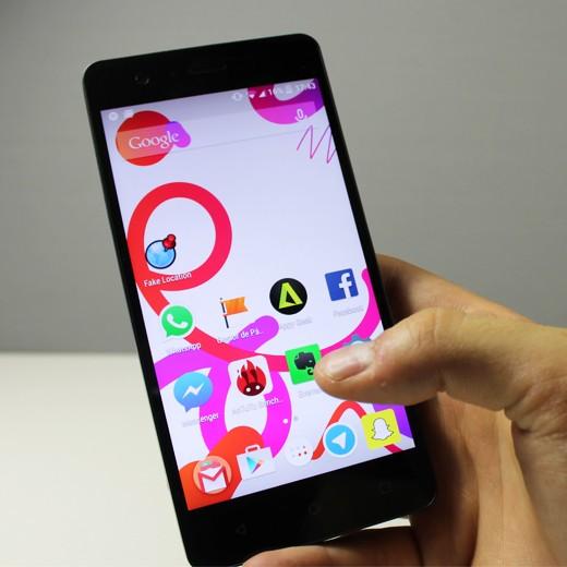 Smartphone bq Aquaris M5 FHD 4G 16GB + 2GB de RAM preto/preto