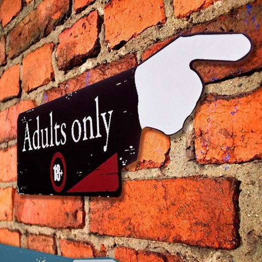 Placa de Madera Adults Only 18