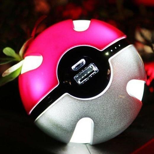 Carregador Pokeball LED 10000mAh