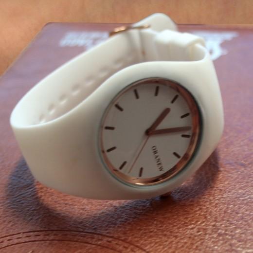 Relógio de Pulso Branco
