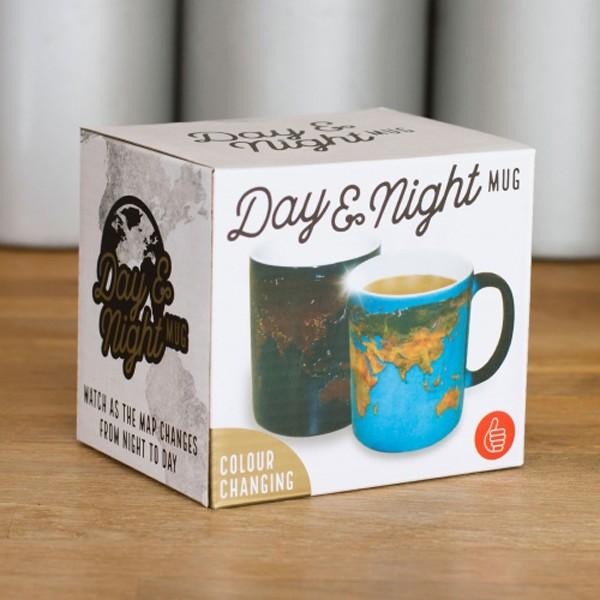 Caneca Muda de Aspeto Dia e Noite