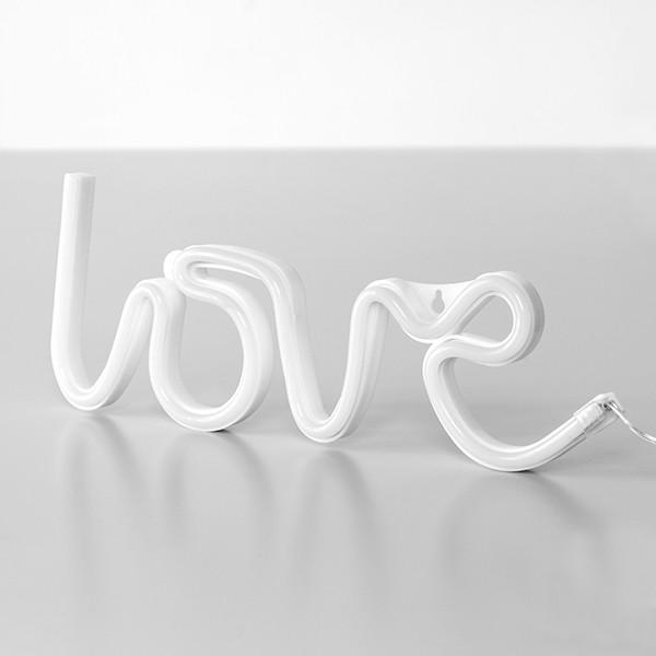 Letreiro de Néon LOVE