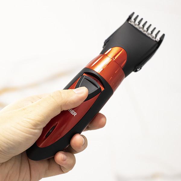 Máquina De Cortar Cabelo E Barba Surker